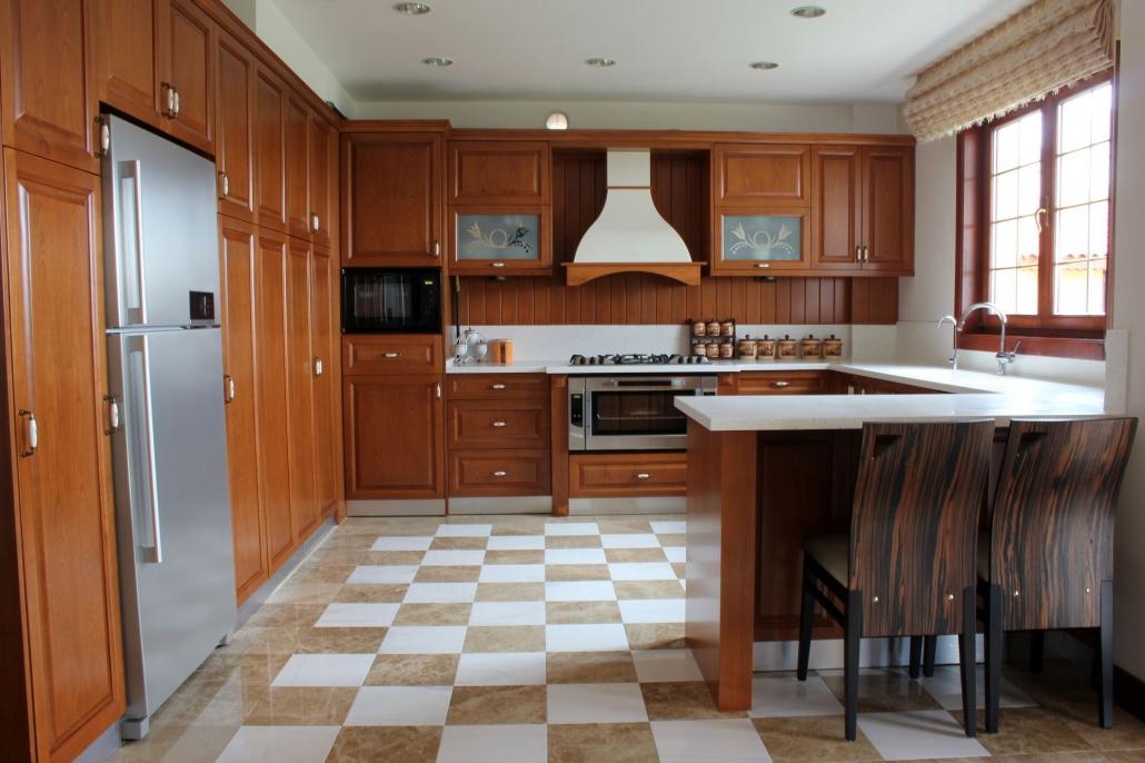 kuchnia drewniana klasyczna